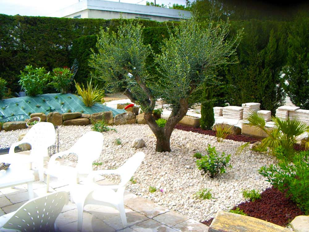 Amenagement piscine massif sec for Amenagement jardin piscine