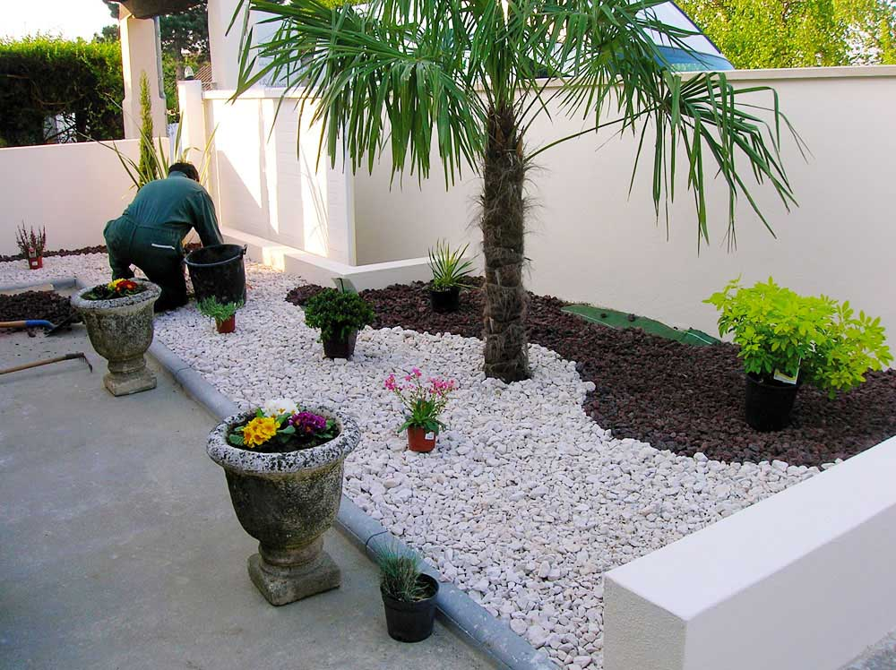 Amenagement patio concasses for Amenagement talus jardin